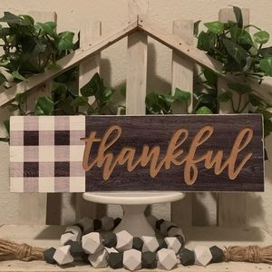 Hobby Lobby Accents - Farmhouse wooden thankful box sign